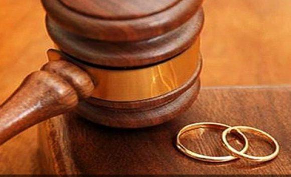 Mulher é condenada por usar sobrenome do ex-marido por mais de 15 anos após o divórcio