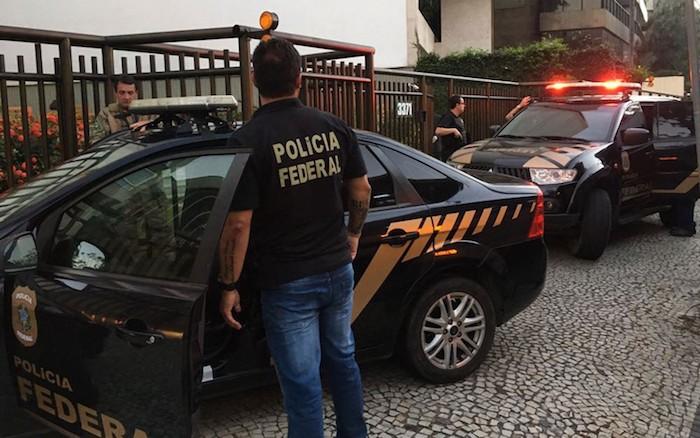 Filho de presidente da Assembleia do RJ, líder do governo e empresários são alvos de operação da PF