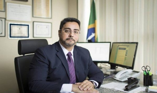 Juiz da Lava Jato admite deixar cidade por receber ameaças