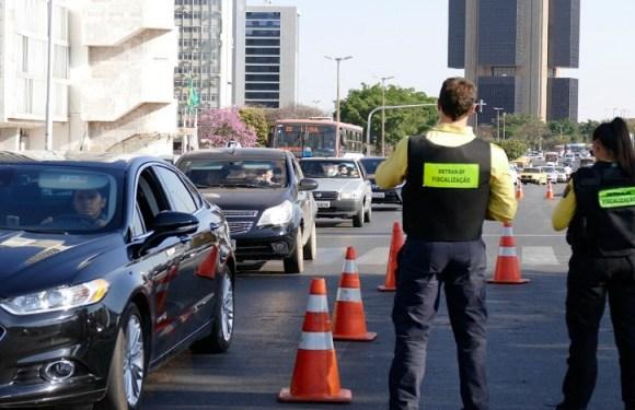 Proposta proíbe remoção de veículo por atraso no pagamento do IPVA e de outros tributos