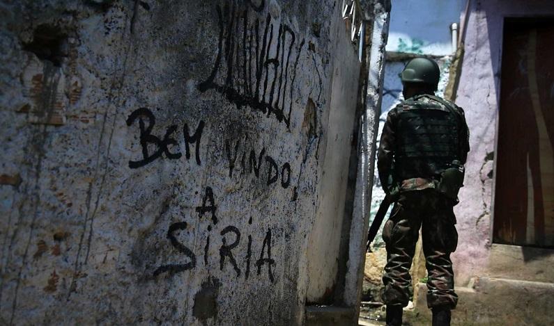 Após prisão de Rogério 157, Rocinha tem noite de tiroteio e mortes