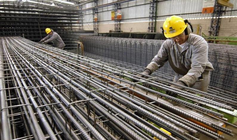 Produção industrial sobe 0,2% em outubro ante setembro, afirma IBGE
