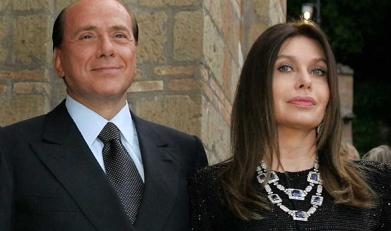 Ex-mulher de Berlusconi tenta reaver pensão na Justiça