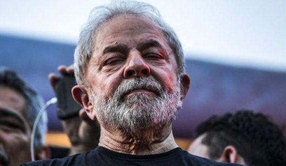 Lula pede para 2ª Turma do STF rever decisão de Fachin