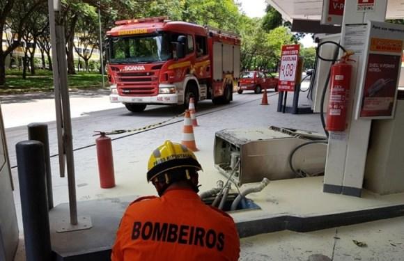 Carro arranca com mangueira conectada ao tanque e quase causa tragédia, no DF
