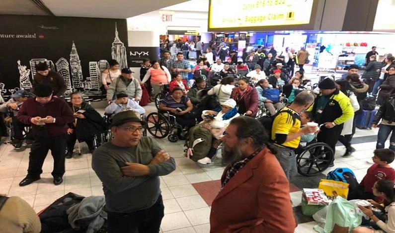 Brasileiros aguardam voo de Nova York para SP por mais de 60 horas