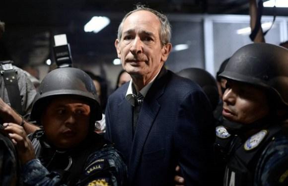 Ex-presidente da Guatemala é detido por caso de corrupção