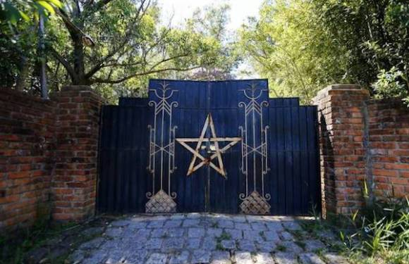 """""""Ritual satânico foi uma farsa"""", diz delegado que investiga esquartejamento de duas crianças"""