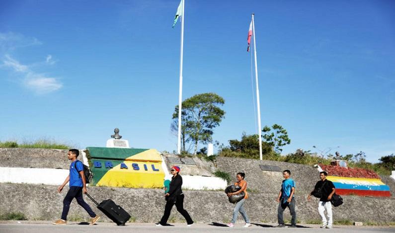 Brasil dobra controle militar e reforça triagem de venezuelanos em RR