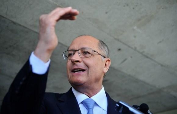 """Lava Jato em SP pede """"urgência"""" para investigar Alckmin; ex-governador perdeu foro privilegiado"""