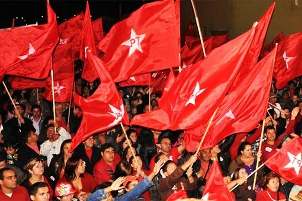 Câmara bancou viagem de petistas a Porto Alegre no julgamento de Lula