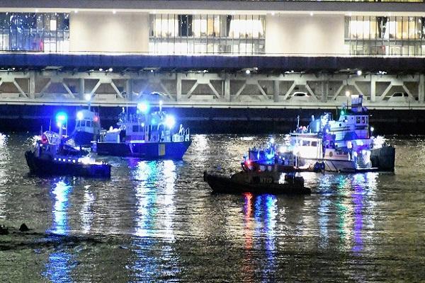 Queda de helicóptero em rio de Nova York deixa cinco mortos