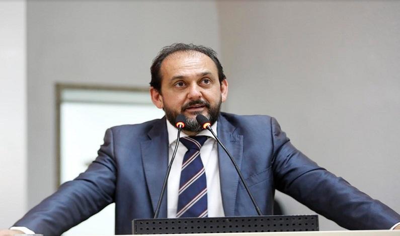 Laerte Gomes pede recuperação de trechos de rodovias que interligam municípios
