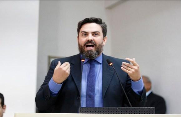 Léo Moraes participa de sessão na ALE/RO para debater dívida do Beron