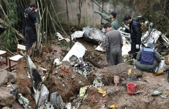 Irmão de Eduardo Campos pede que PF investigue 'sabotagem' em avião