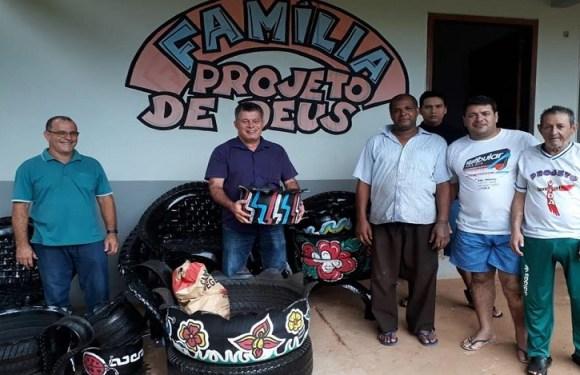 Deputado Edson Martins anuncia emenda de R$ 20 mil para atender associação de Jaru