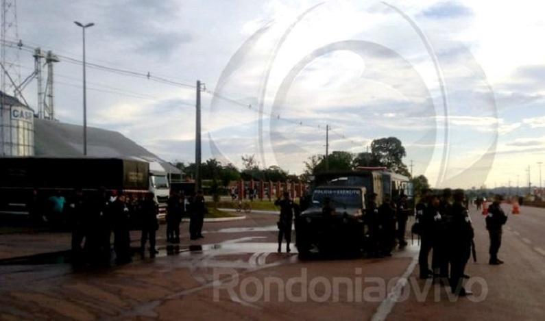 Ação da PF, PRF e Exército desarticula acampamentos e piquetes na BR-364
