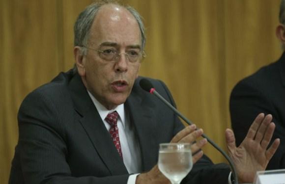 Presidente da Petrobras distribui carta a empregados para tentar evitar paralisação na quarta