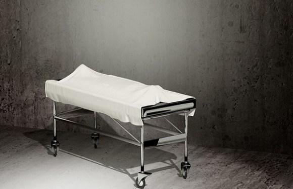 Filhos escondem morte da mãe e deixam seu corpo em casa para receber pensão
