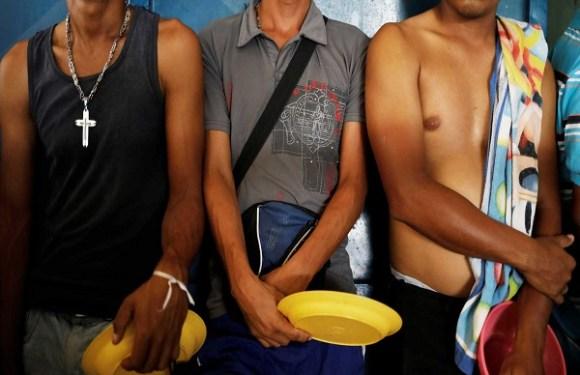 Força-tarefa da FAB leva suporte para venezuelanos em RR