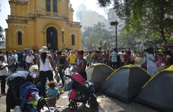 Justiça determina auxílio-moradia a vítimas de desabamento de edifício em SP