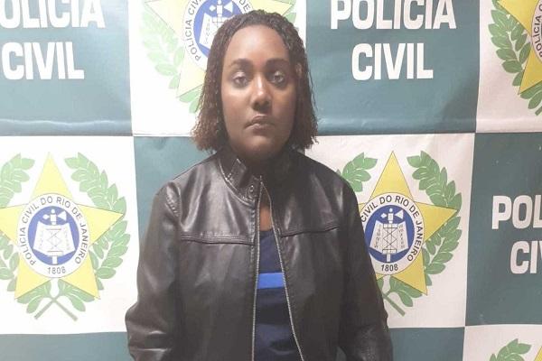 Polícia prende a maior assaltante de lojas de celulares do RJ