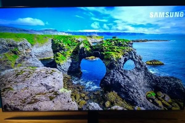 Controle remoto das novas TVs 4K da Samsung comanda outros aparelhos