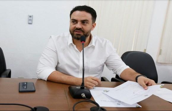 A frente da Comissão de Direitos Humanos, Léo Moraes cobra acessibilidade na rodoviária da capital