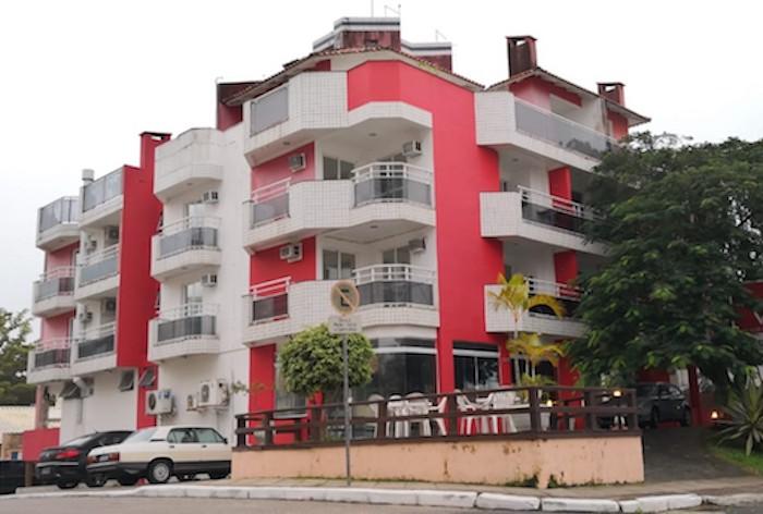 Polícia prende segundo suspeito de chacina que matou família em Florianópolis