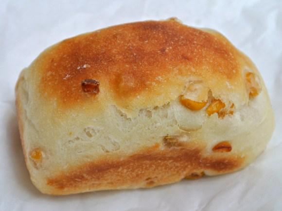 薫々堂のベビーコーンパン