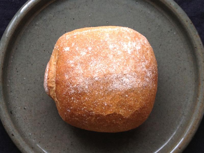 生瀬ヒュッテ(ブランジュリタケウチ)のライ麦パン