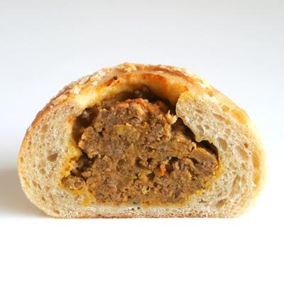喫茶とパンdo.の10種のスパイスのカレーパン