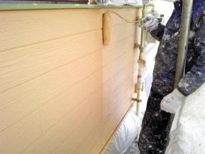 腰壁サイディングガイナ中塗り2