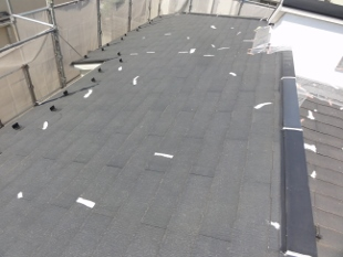 ガイナ 麻生区 カラーベストコロニアル 屋根 塗装