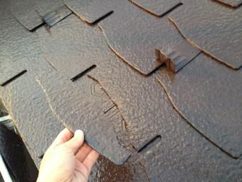 屋根材の割れ補修