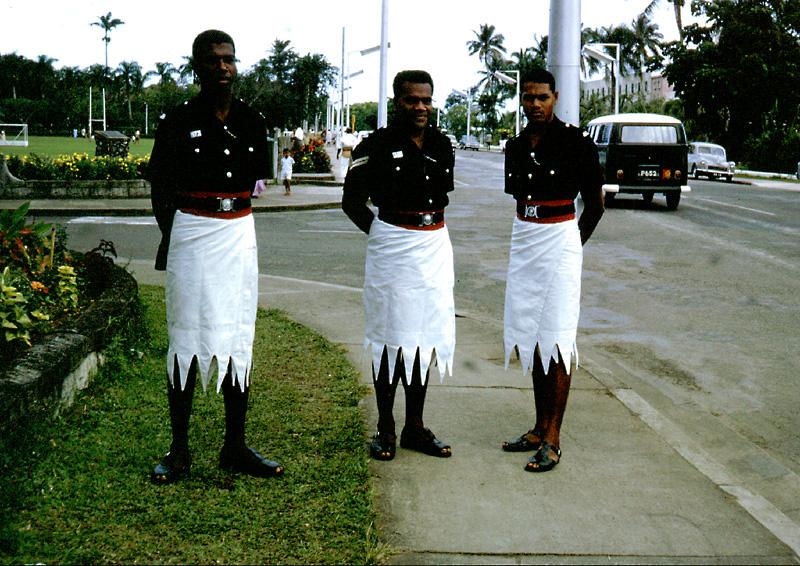fijian_policemen_suva_july_67