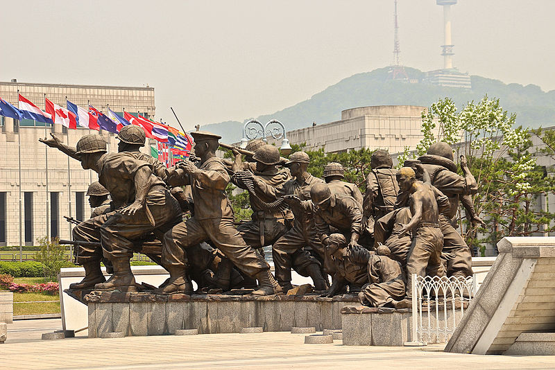 Sculptures_at_Korean_War_Memorials