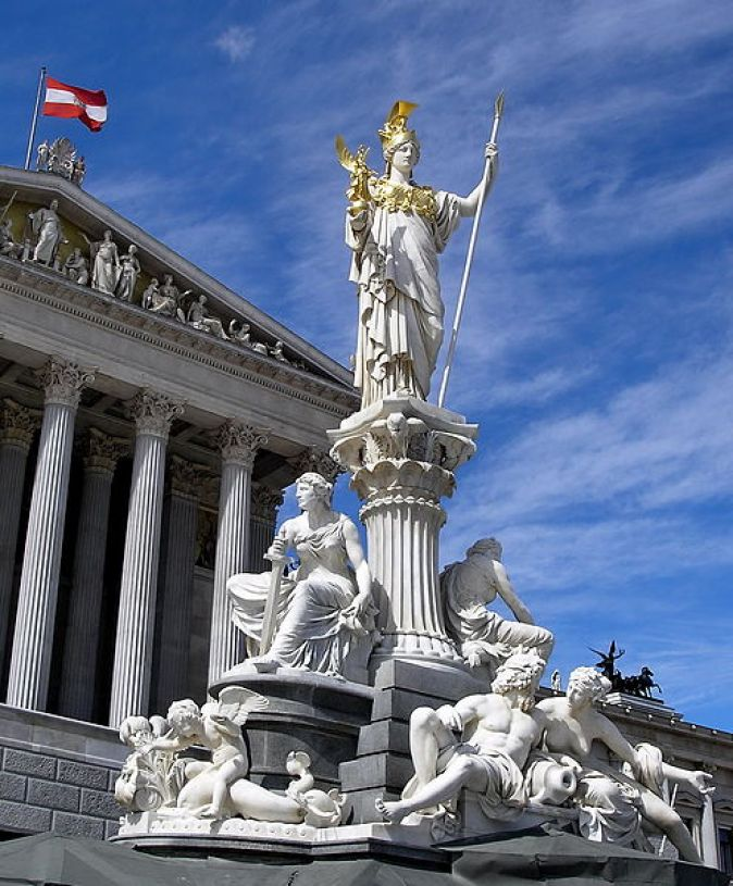 496px-Austria_Parlament_Athena_(jha)