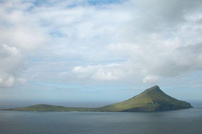 800px-Koltur,_Faroe_Islands