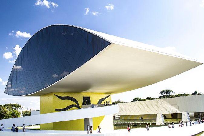 Museu_Oscar_Niemeyer_Curitiba
