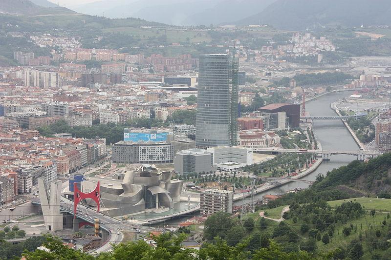 800px-Artxanda_Bilbao_view,_July_2010_(06)