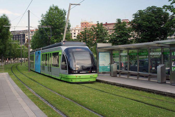 800px-Bilbao_05_2012_EuskoTran_2823