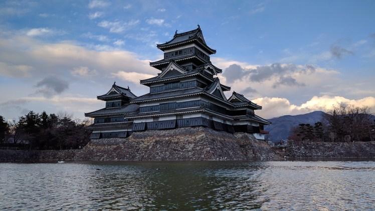 matsumoto-castle-2240919_960_720
