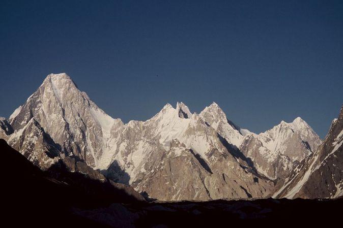 800px-Gasherbrum_group