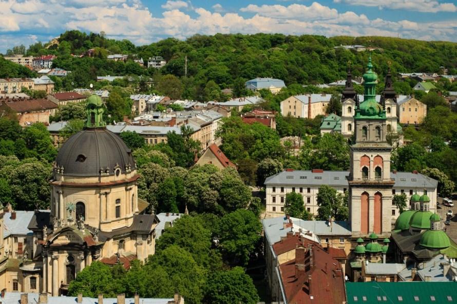 lviv_ukraine_unesco_sights_history_culture_statue_architectural-1220280.jpg!d