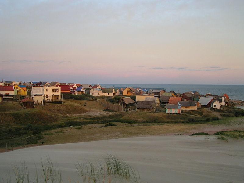 800px-Sunset_in_Punta_del_Diablo_(Uruguay)