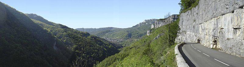 800px-Vallée_de_la_loue2