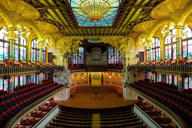 800px-Palau_de_la_Música_Catalana,_the_Catalan_Concert_Hall
