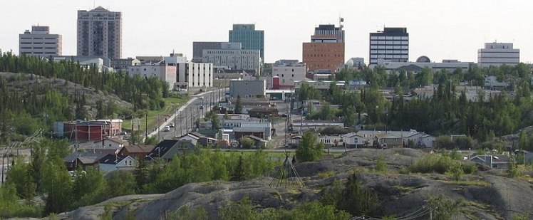799px-Downtown_Yellowknife_2_second_version