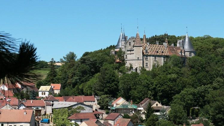 castles-374354_1920